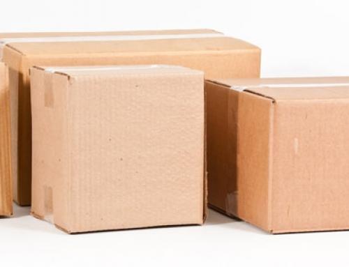 O que é uma caixa de papelão invertida?